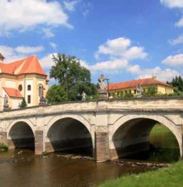 IIC presenta AKA Trio a Náměsť nad Oslavou