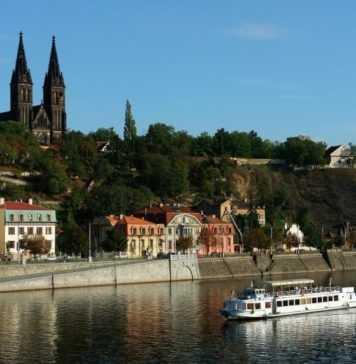 Quartieri di Praga: Vyšehrad, passeggiata tra storia, arte e cultura
