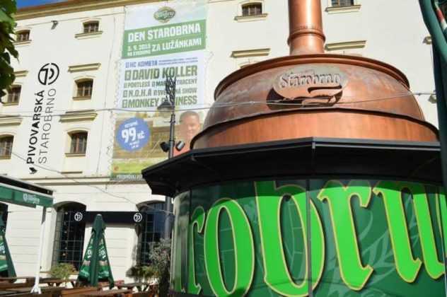Visitare Brno in un pub in movimento