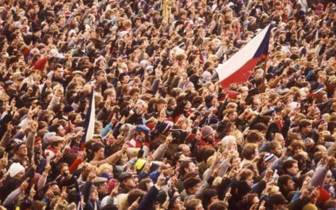 Festività ceche: 17 novembre, la Rivoluzione di Velluto