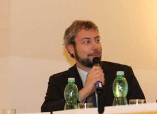 Italiani a Praga: Andreas Pieralli, Genetically Modified Italian