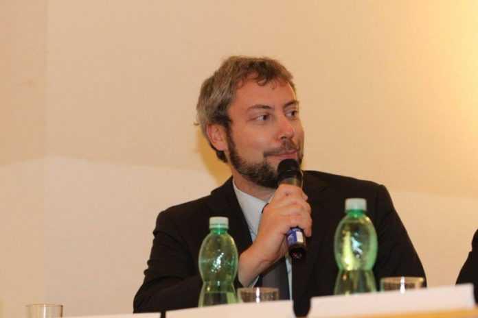 Italiani a Praga: Andreas Pieralli, Genetically Modified Italian