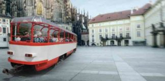 Tram con tetto panoramico presto sulle strade di Praga